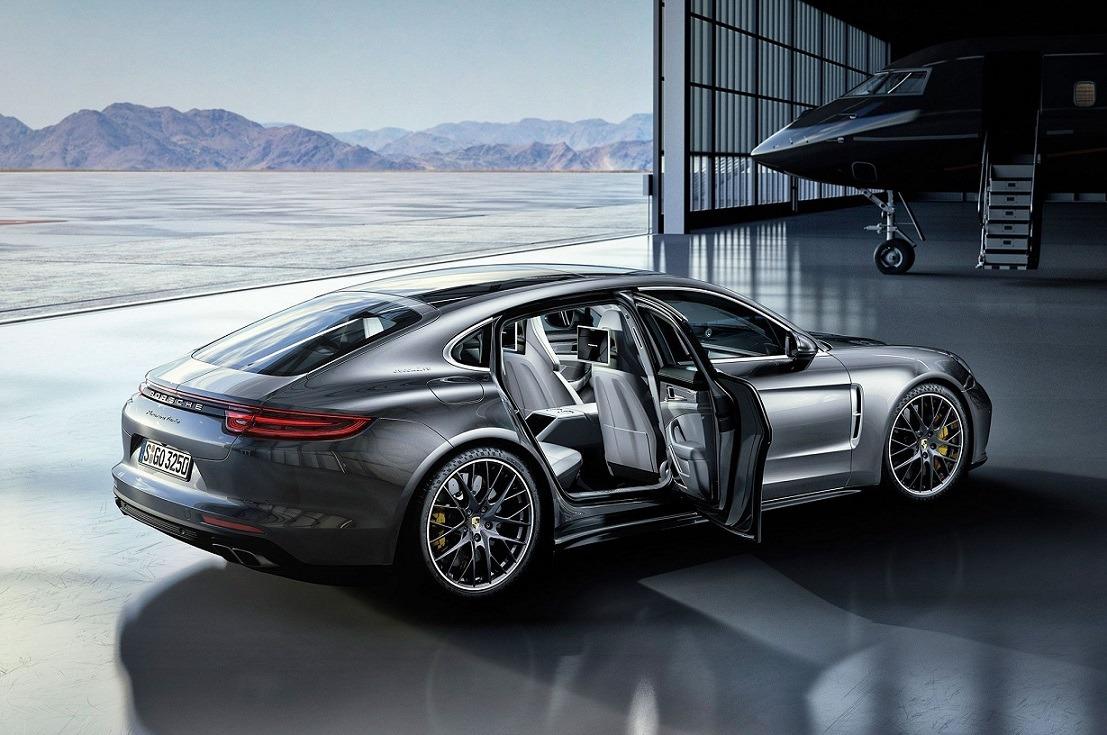 2020 Porsche Panamera - Luxury cars
