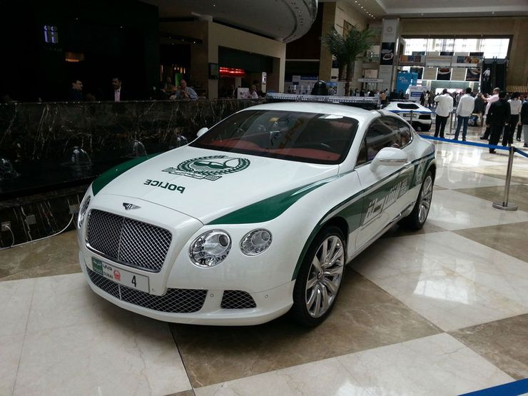 Fastest police cars in the world - Bentley Continental GT