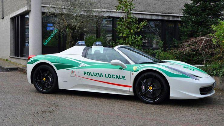 Fastest police cars in the world - Ferrari 458 Italia - Milan, Italy