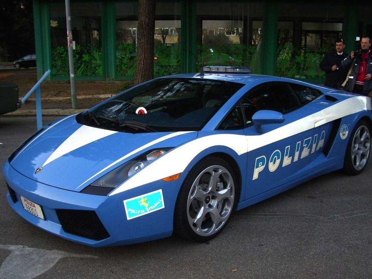 Fastest police cars in the world - Lamborghini Gallardo - Rome, Italy