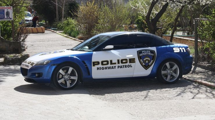 Fastest police cars in the world - Mazda RX8