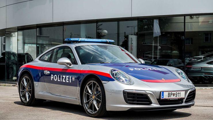 Fastest police cars in the world - Porsche 911 Carrera - Austria