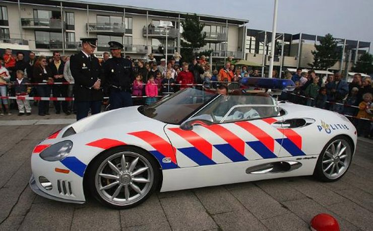 Fastest police cars in the world - Spyker C8 - The United Kingdom