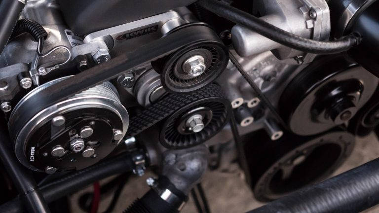 What makes a car engine knock